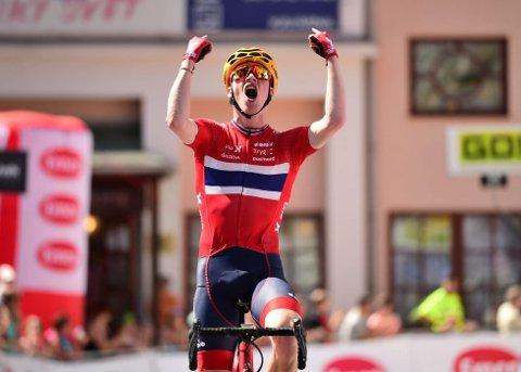 SYKKELBRAGD: Andreas Leknessund gikk til topps både på den avsluttende klatreetappen og sammenlagt i det tradisjonelle Fredsrittet i konkurranse med verdens beste U23-sykkelryttere.