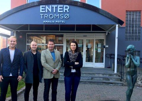 FAMILIEBEDRIFT: Idar Gabrielsen har bygget opp en hotellkjede fra bunnen. Nå får den navnet Enter Tromsø.  Fra venstre: Torje Gabrielsen, Mathias Gabrielsen, Idar Gabrielsen og Beate Føre.