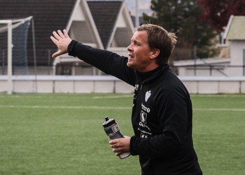 FORTVILET: SK Gjøvik-Lyns trener Espen Haug er oppgitt over at regjeringen ikke ser på rapporter som sier at fotballtrening ikke øker smitterisiko.