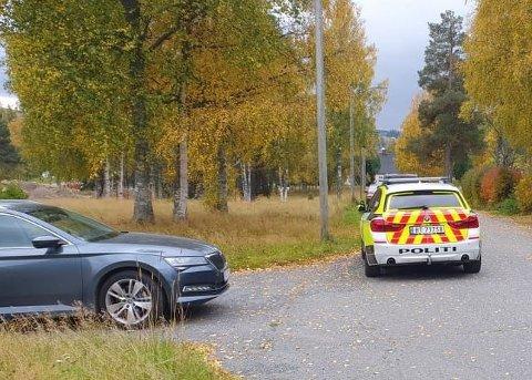 PÅGREPET: En mann i 40-årene ble pågrepet ved en privatadresse i Raufoss onsdag, etter at han oppførte seg truende mot andre.