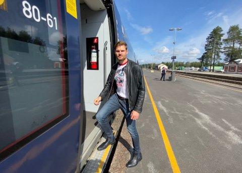 SPINNVILT: - Fullprisbillettene for tog på Rørosbanen er spinnville for vanlige folk. Ved et regjeringsskifte må Staten inn og subsidiere prisene mye sterkere, sier Aps stortingsrepresentant Nils Kristen Sandtrøen.