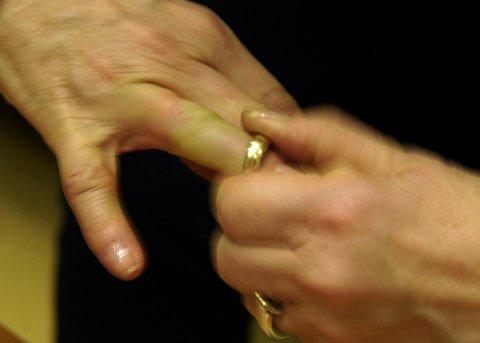Mange sliter med konflikter når ekteskapet ryker.