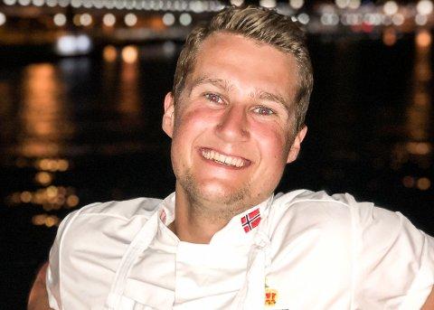 Kokk Axel Jamtli (21) fra Rana er klar for tre uker som kjøkkensjef og hovedkokk ved Bruket Bord & Bar på Myken.