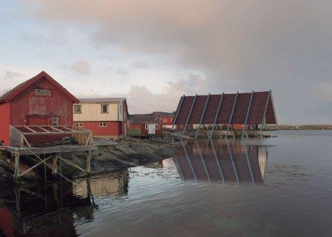 I det nye museet skal Lovundbåten igjen seile på havet. Det vises spesielt på flo sjø. Byggingen starter om en drøy måned. Tegning: Valrygg Studio