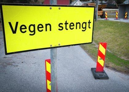 Fv. 1748 er stengt mellom Arnkvern og Trehørningen frem til tidlig i neste uke.