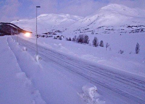 OPENT: Filefjellet er opent. Slik ser det ut ved Smedalen på Filefjell klokka 06.04 i dag, torsdag.