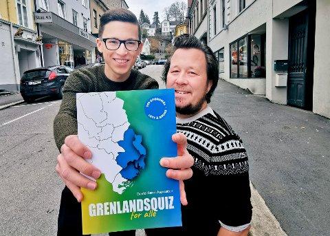 QUIZ FOR ALLE: Fredag lanserte forfatter David Tørre Asprusten og Thomas Flaaten Fredriksen fra Game Forlag spørreboken Grenlandsquiz for alle.