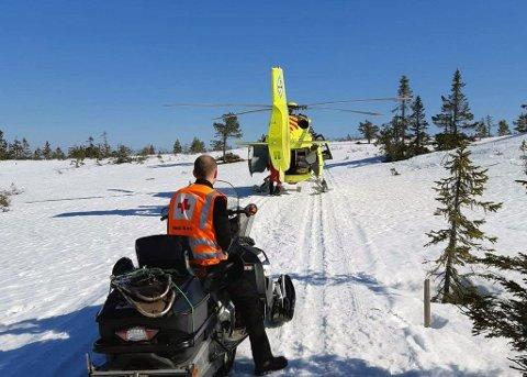 Mannskaper fra Nissedal RKH på Skornetten. (Foto: Røde Kors Nissedal)