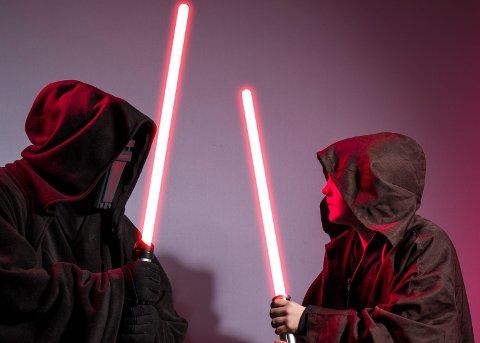 Det var mange Star Wars-figurer å se i kinofoajeen onsdag kveld.