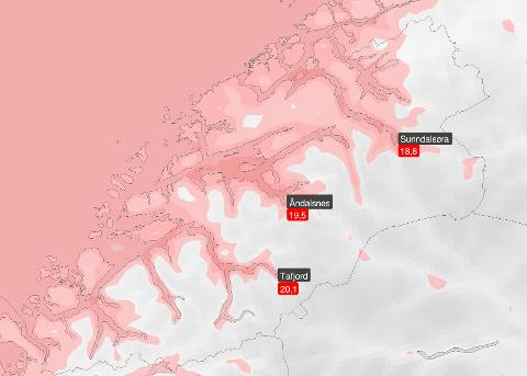 Det ble målt høye septembertemperaturer innerst i fjordene i Møre og Romsdal natt til mandag.