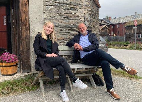 På Røros: I august var stortingsrepresentant Mari Holm Lønseth på Røros for å snakke om mulighetene for at ansatte i staten kunne ta med seg jobben til distriktene. Rob Veldhuis fra Røros Høyre lovte da å det opp i kommunestyret på Røros. Nå har han sendt en interpellasjon.