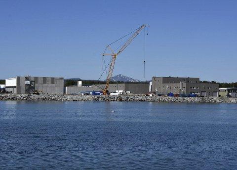 Ankes: Mens ankesaken går sin gang, pågår utbyggingen av smoltanlegget på Innhavet for fullt. Foto: Øyvind A. Olsen