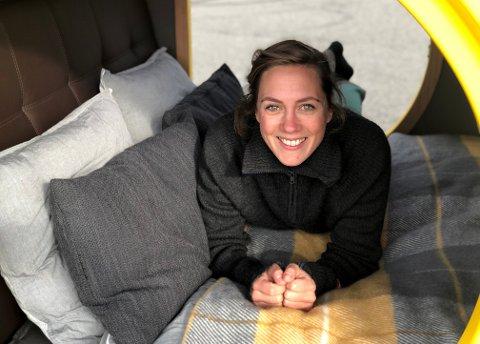 Karen Sann Fougner og samboeren Eivind Gjørven Opsahl skal drive utleie av en moderne utgave av en kombi-camp.