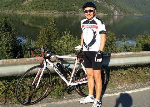 Skryter av PAI: Yuriy Penev (60) fra Fauske sier han trener bedre og med mer motivasjon etter han begynte med PAI. Foto: Privat