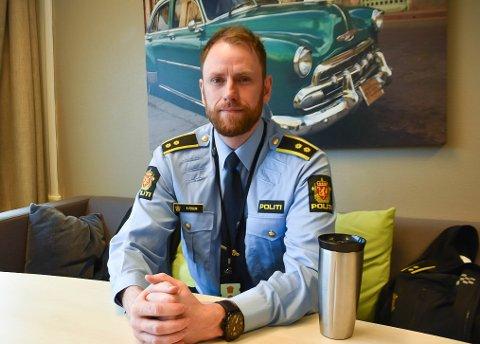 Rune Fossum er politikontakt i Enebakk, og han har registrert en økning av saker innen narkotika, skadeverk og sedelighet i fjor.