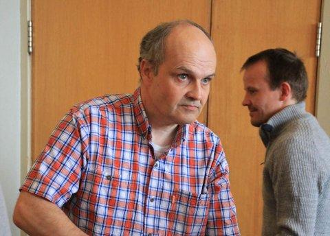 VIKTIG: Leder for Laksefjord idrettslag, Arnkjell Bøgeberg, sier lysløypene er et viktig trivselstiltak for store og små.