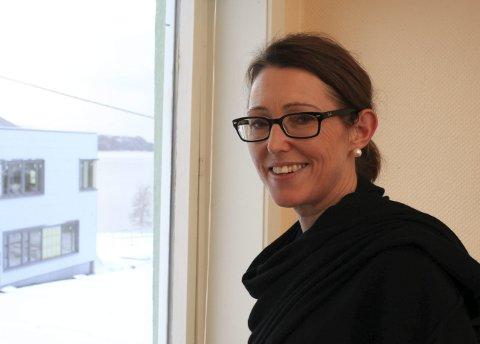 NY SKULE: Rektor Heidi Humlestøl Aasen gler seg til å styre ein splitter ny skule i Eikefjord frå måndag. Arkivfoto: David. E. Antonsen