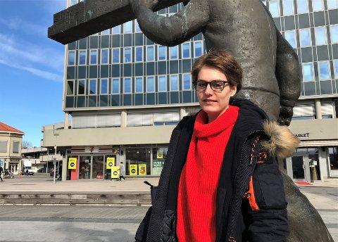 FORTVILER: Synnøve K. Bergstrøm synes det er trist å miste vergen hun har hatt i mange år. Nå skal hun prøve å styre økonomien selv.