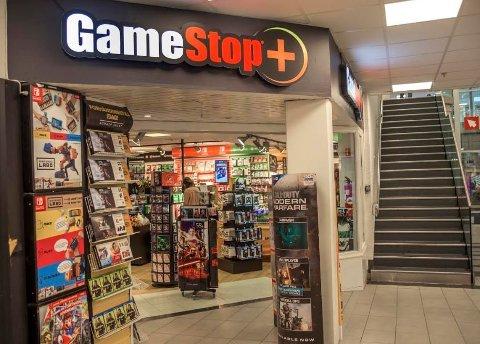 Snart slutt: Alle Gamestop-butikker i Norge skal legges ned, også den som ligger i Torvbyen.