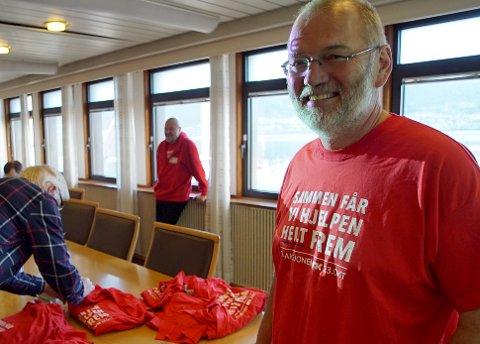 Geir-Ketil Hansen er strålende fornøyd med innsamlingsresultatet i Narvik på årets TV-aksjon.