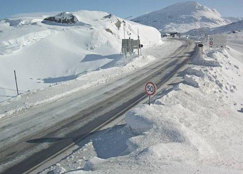 HIT: Fra Langvatnet og opp til grensa er fartsgrensa satt ned fra 80-60 kilometer i timen. Arkvifoto