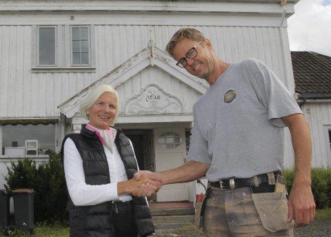 FORNØYDE: Både Anniken Fischer og Jørn Mejdell Jakobsen er fornøyde med avtalen.