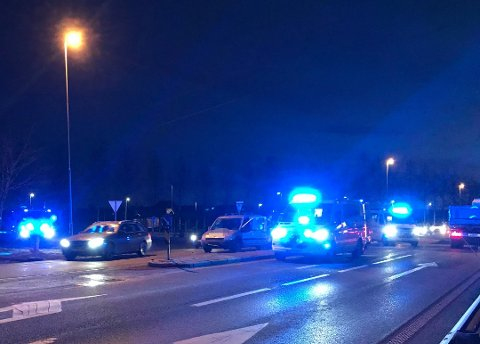 KJEDEKOLLISJON: To biler og en minibuss var involvert i en kjedekollisjon torsdag morgen.