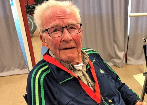 TRIVES PÅ LOS: Magne Gjerdingen har levd et langt liv. I dag bor han på Lunner omsorgssenter. Her trives han godt.