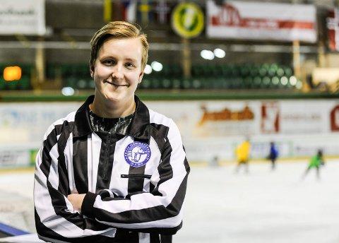 GOD DOMMER: Herman Kruse Johansen skal dømme kamp to og tre i kvartfinaleserien mellom Sparta og Manglerud/Star.