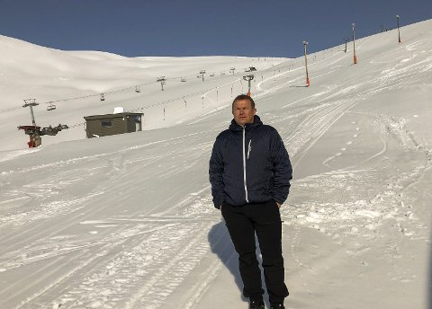 Tomt: Skisenteret i Håradalen i Røldal står stille gjennom påsken. Dei viktigaste månadane for skisenteret økonomisk er mars, april og starten av mai. No etterlyser Bratteteig ein krisepakke som treff.foto: privat