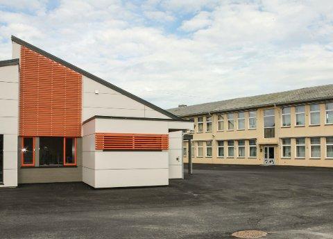 MYE SMITTE NORD I BYEN. Gard skole står tom fra mandag av.