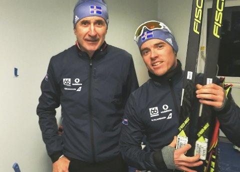 SYK ETTER OL: Snorri Einarsson (t.h.) fikk OL ødelagt av sykdom, men kommer til NNM på Sjåmoen som en av favorittene. Her er han sammen med smører for Island Ola Elvevold. Han skal smøre for Swix under NNM.  Foto: Privat