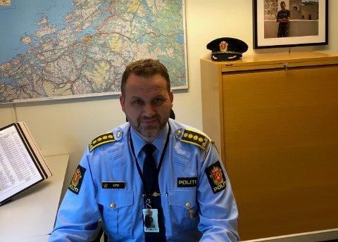PÅ VEIENE: UP-sjef Anders Sjøtrø forteller om en rolig start på vinterferien ute på veiene i Trøndelag.