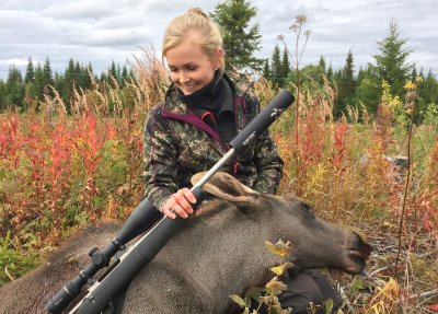 JEGER: Siri Myhra har drevet med jakt i flere år.