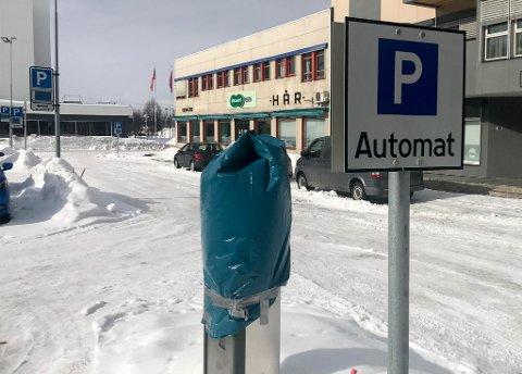 GRATIS: Det blir fortsatt gratis parkering på Alta sentrum til mandag 20. april. Da innføres betalparkering igjen.