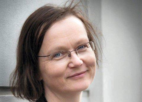 MUSIKER: Barokkbratsjist Mari Giske holder foredrag på biblioteket lørdag 27. januar.