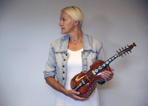 SKALSPILLE: Professor Anne Svånaug Blengsdalen.