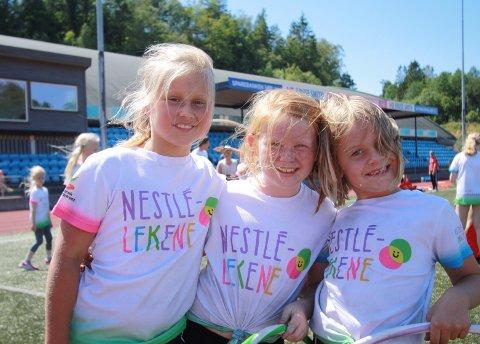 KJEMPEGØY: Filipa Torsøe, Vilde Athene Hægeland og Tilde Sandal syntes det er kjempegøy på Nestle-lekene.