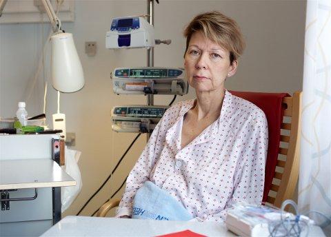 FARLIG: Kreftsyke Trude Mariann Helgesen varsler om underbemanning ved UNN. - Ved enkelte avdelinger er det så ille at jeg mener det er farlig å være pasient der. Foto: Ola Solvang