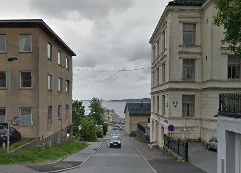 Siktlinjer fra sentrum og til fjorden er viktig for å knytte sammen fjord og by, mener Torp.