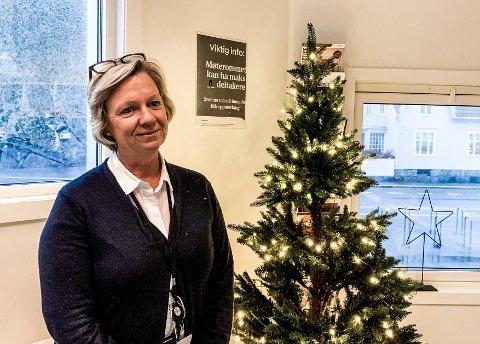 RØRT: Vera Nilsen møter alltid opp på jobb med godt humør og en imøtekommende væremåte. Det betyr mye for kollegene hennes, og de ønsket å vise nettopp hvor stor pris de setter på det.