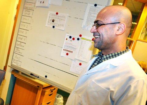 NOK Å GJØRE: Salam Sami Al Haidari (56) er fastlege for 350 flere pasienter enn nestemann på lista.