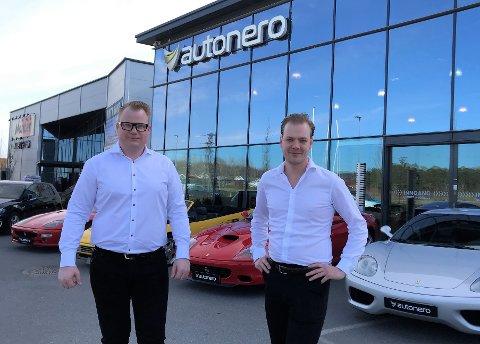 PREMIUMBILER: Sandefjordsmannen Henrik Jacobsen er daglig leder og Erik Rivrud er styreleder i det splitter nye selskapet Autonero.