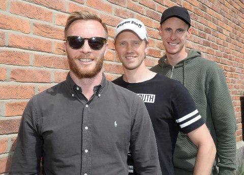 DE TRE MUSKETERER: Podkast-sjef Frengstad måtte pile i møte, så denne gangen ble det Ulrik Balstad, Magnus Solum og Magnus Torp Antonsen på bildet. Sterk line-up uansett.