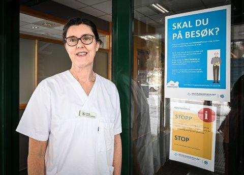 Unni Sørensen er smittevernsykepleier ved Helgelandssykehuset avdeling Rana sykehus og har mye å gjøre under krisen. Hun ber alle huske hygienereglene.