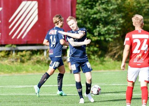 IRRITERT: Niklas Bakksjø spilte en god kamp mot Melbo, men laget måtte nøye seg med ett poeng.