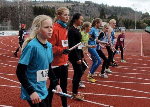 Veldrestafetten blir ikke gjennomført i helga. For mye snø på løpebanen er årsaken.