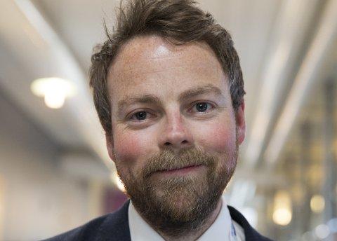 Jobb og lære: Omstilling gjør at vi er avhengige av at folk utvikler seg samtidig som de er i jobb, sier kunnskapsminister Torbjørn Røe Isaksen.