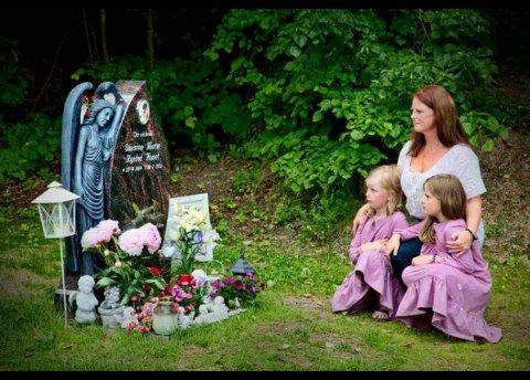 MISTET DATTEREN: Laila Aarli mistet sin 17 år gamle datter Susanne i 2011. Datteren satt på med en fyllekjører i Kragerø. – Det å sette seg inn i bilen og kjøre hjem fra fest var naturlig for mange – og det er naturlig for dem ennå, hevder Susannes mor, som fortalte sin historie i TA for halvannen uke siden.