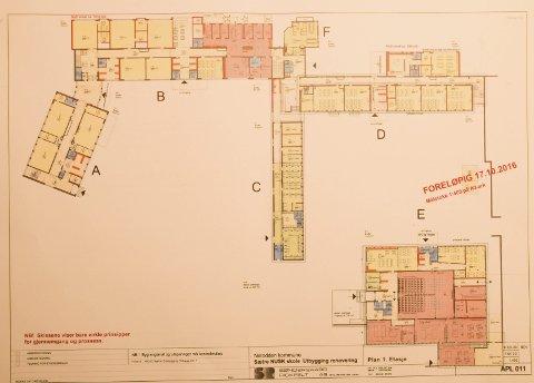 Foreløpig: Slik ser de foreløpige romplanene ut i 1. etasje av e planlagt renoverte skolene. Grønt er personalareal, gult er klasserom og rødt er fellerom for begge skoler.